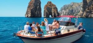 Gita in barca ai faraglioni di Capri e Grotta azzurra